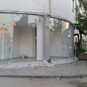 Jepet me qera dyqan prane gjimnazit Partizani