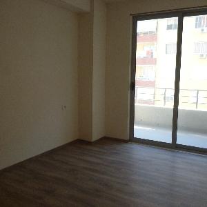 Shitet te Astiri 2+1 apartament